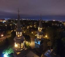 Les clochers de l\'Église de la Visitation, dont l\'une des cloches provient de Londres et l\'autre de Rome.