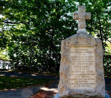 Monument dans le parc Nicolas-Viel