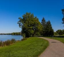 Parc de la Merci,  piste cyclable,  bord de la rivière,  Ahuntsic