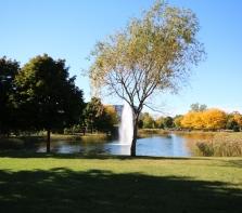 Au centre du parc Ahuntsic dans le quadrilatère (Henri-Bourassa-St-Hubert-Fleury-Lajeunesse)